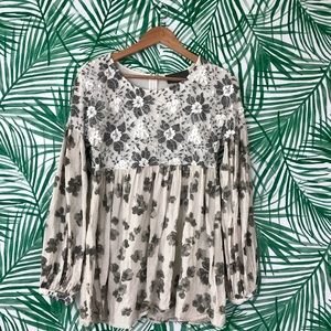 Anthropologie Sunday in Brooklyn Floral Top Large